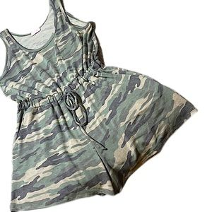 Pink Lily Green Camo Romper Size Large